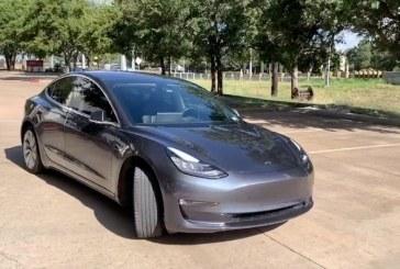 Raya con una llave un Tesla y lo detienen al ser grabado por el propio vehículo (+ VIDEO)