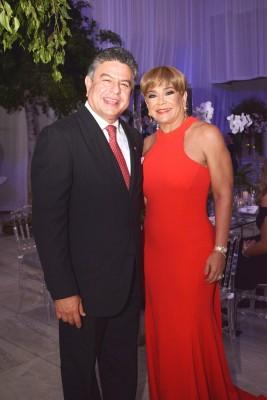 Tomas y Pamela Vaquero.