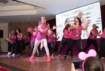 Derroche de energía en el Zumbathon Pink 2019 con Adriano Sosa