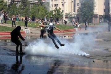 Aumentan a 11 los muertos a causa de los disturbios del fin de semana en Chile