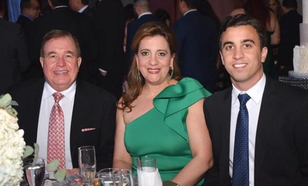 Afif, Jacqueline y Michael Dieck.