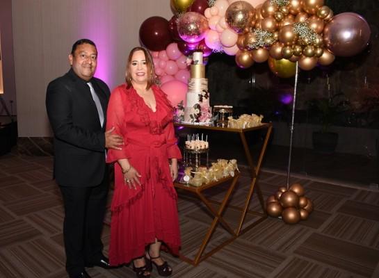 Alicia Franco de Figueroa junto a su esposo, Ramón Figueroa