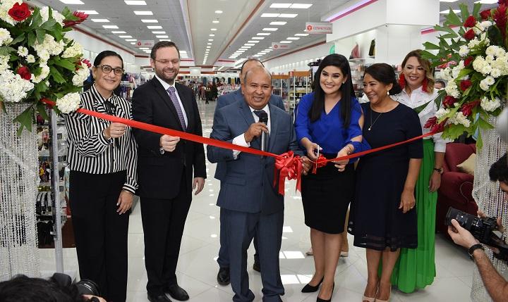 Almacenes El Titán apertura su décima tienda en Mega Mall de San Pedro Sula