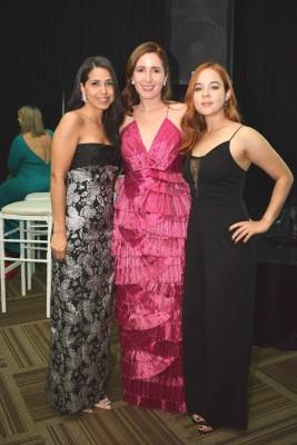 Annie Zúniga, Jennifer Boddem y Andrea Moncada.