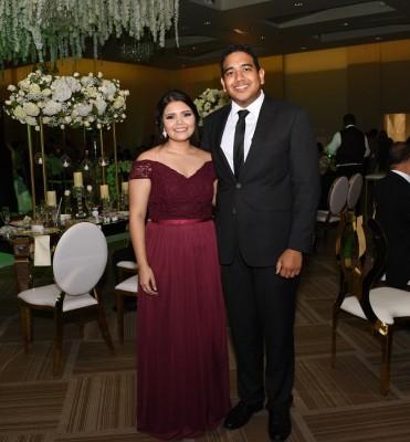 La hermana de la novia, Cindy Girón y Julián Suazo