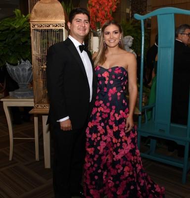 Cristina y Adrián Larach