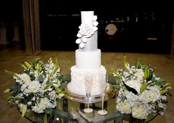 El exquisito pastel elaborado por Signature Cakes.
