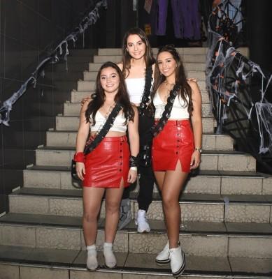 Elisa Murillo, Nayat Yacaman y Katherine Celeste Fajardo