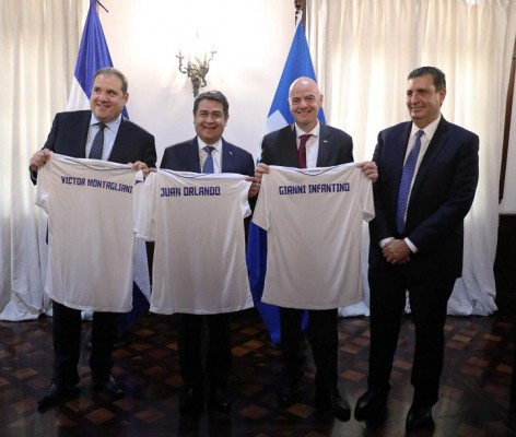 Gobierno y Fenafuth firman convenio de cooperación ante presidente de la FIFA