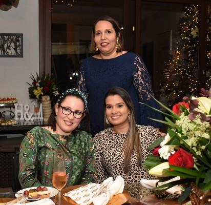 Flor Castro, Lía Carolina Bográn y Samantha García