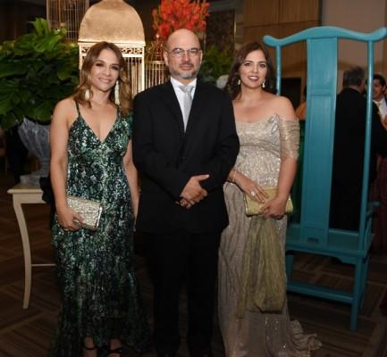 Giselle de Rishmawy, Michel y Lupita Hawit