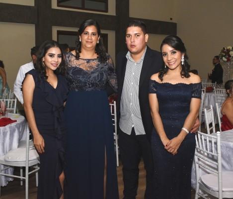 Isabel Orellana, Aura María Rivera, Emerson Fajardo y Johana Orellana