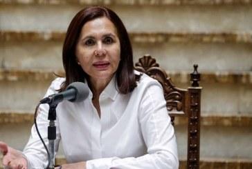 Bolivia expulsa a diplomáticos venezolanos y sale de ALBA