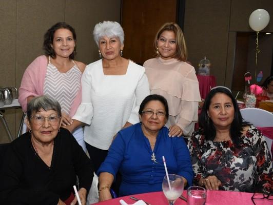 Joany García, Ana Calix, Geisel Bustamante, Chony Hernández, Mélida Hernández y Angelina Pineda