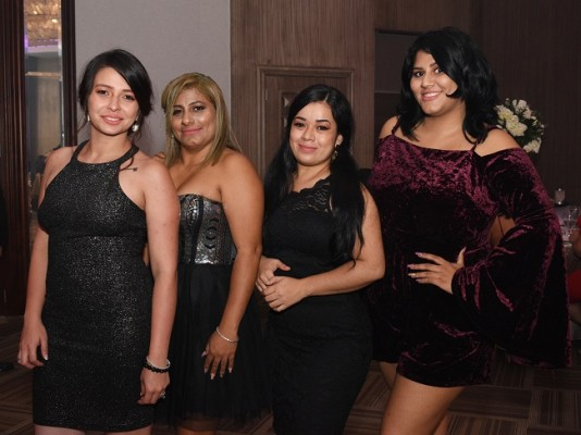 Josselyn Mejía, Belkys Luque, Paola Manzano y Allisson Luque