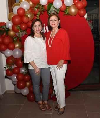 Karen Salazar y Ana Lidia de García