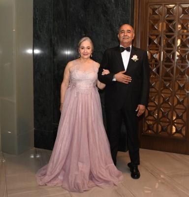 Los padres de la novia, Jesús Benjamín Escobar y Arely Portillo