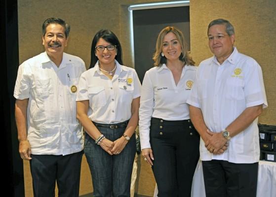 Luis Canales, Ruth Matute, Ana Patricia Girón y Humberto Calderón.