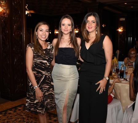 Mabis Mayorga, Natalia Vargas y Yessielle Velásquez