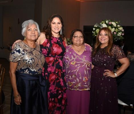 María Alberto, Antonella Escobar, Antonieta Escobar y Eva Nery Martínez