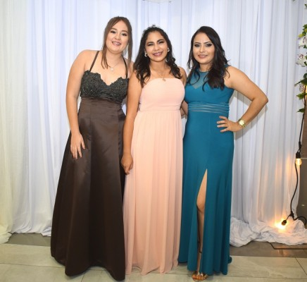 Margot Castellanos, Vanessa Caballero y Marcela Madrid.