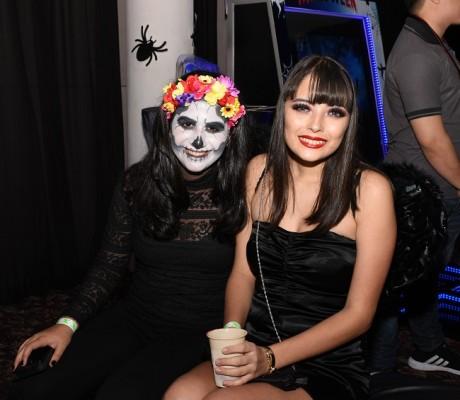 Megan Faraj y Mónica Raquel