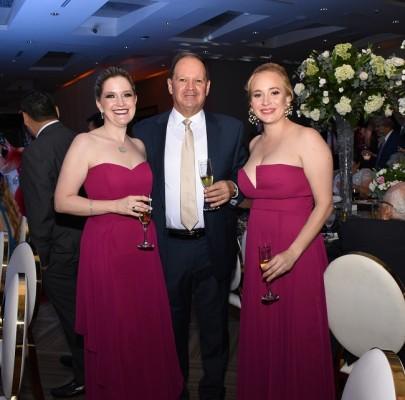 Michelle Wolozny, Abraham Wolozny y Stephanie Fernández