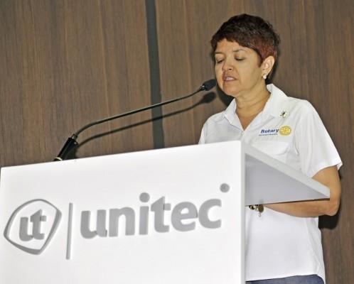 Nadina Alvarenga, Integrante del Desafío WASH.
