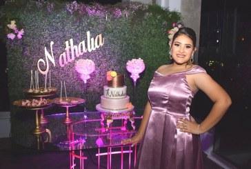 ¡Sorpresa! Nathalia Romero en su fiesta de quinceañera