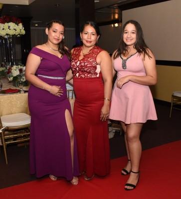 Nicolle Cañas, Sayda Castro y Genesis Castro