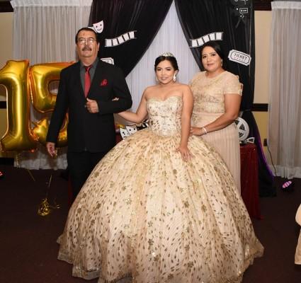 Odelis Fajardo, Ana Sofía Rubio Castro y su madre, Glenda Castro.