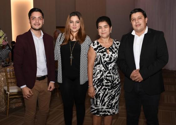 Oswaldo Palau, Melissa Freije, Aleyda de García y Gerson Toledo