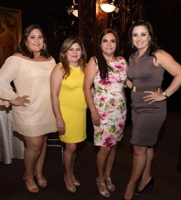 Otilia Mejía, Karla López, Amalia Mejía y Bessy Lara