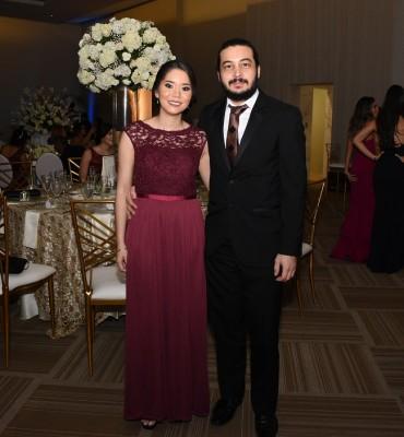 Perla Aguirre y Javier Huguet