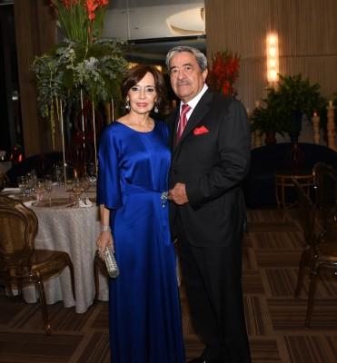 Rafael Flores y su esposa, Patty Flores