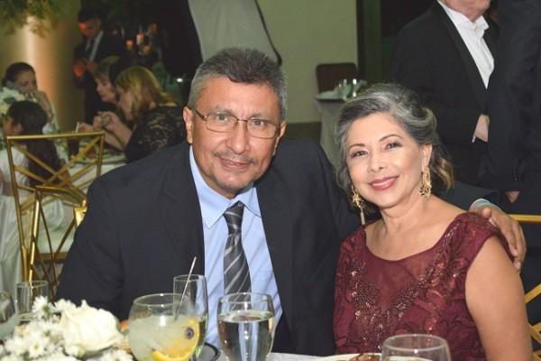 Ronald Navarro y Irazema Muñoz