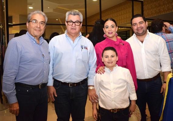 Samuel Zuniga, Douglas Baggia, Patricia Baggia de Osorto, Mauro Osorto y Emiliano José Vargas.