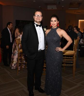 Sonny Morán y su esposa, Giselle Fernández de Morán