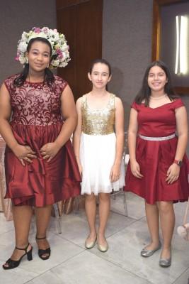 Stacy Batis, Miriam Díaz y Angie Salinas.