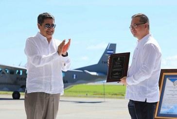 Aeropuerto de Roatán recibe certificación internacional