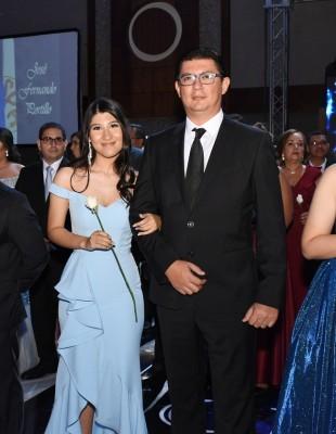 Andrea Zaldívar y su especial padre, Leonel Zaldívar