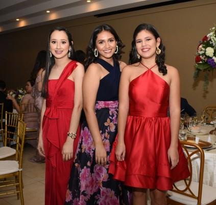Aylin Arévalo, Marcella Alvarado y Andrea David