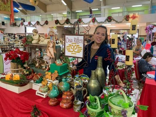 """Inicia """"Bazar del Sábado"""" navideño, emprendedores esperan unos 20 mil visitantes"""
