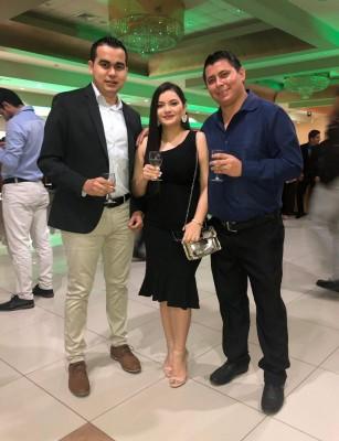 Coctel UTH: Brindis por el éxito alcanzado en su vida profesional