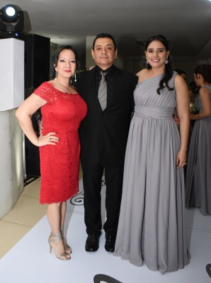 Claudia Chang, Manuel Cruz y Carolina Pineda