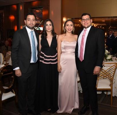 David Dieck y Daniella Bendeck de Dieck, con Emy Ewens y Joseph Samara