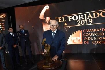 Jorge Bueso Arias: Forjador del Siglo