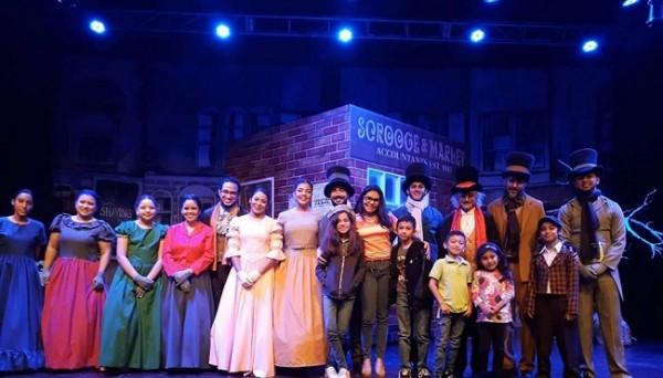 El elenco artístico 2019 de Scrooge