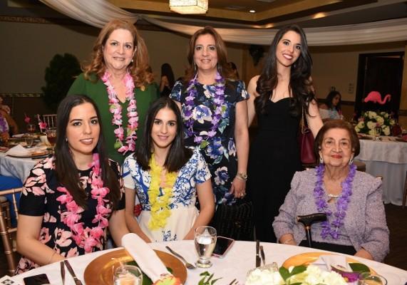 Elida Diek, Jacqueline de Diek, Jackie Diek de Zummar, Daniela de Alvarenga, Daniela de Diek y Elba Renee de Canahuati