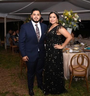 Gabriela y Carlos Paredes